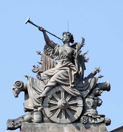 Vuvuzela-Skulptur Zeughaus Berlin 1