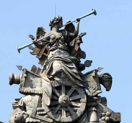 Vuvuzela-Skulptur Zeughaus Berlin 2
